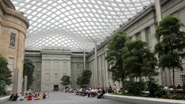 Kogod_Courtyard_-_Old_Patent_Office_Building