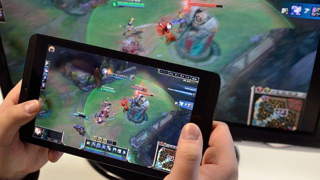 Remotr Turns Your Phone Into a Handheld Gaming Console