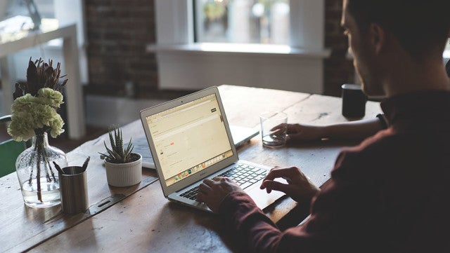 How to Work Efficiently in Coworking Spaces