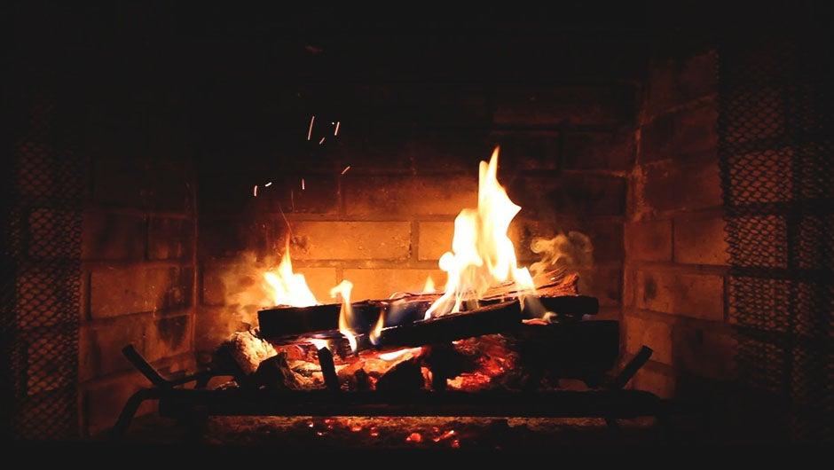 5 Yule Log Videos for This Holiday Season
