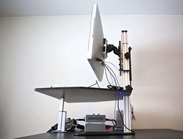 kangaroo-pro-standing-desk-1024x778