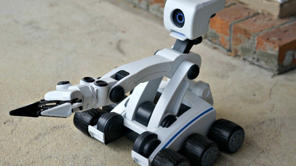Mebo Is The Interactive Robot Even Adults Want To Play
