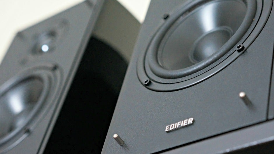 Edifier R2000DB Bookshelf Speakers Can Easily Crank To 11 Review