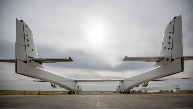 stratolaunch, satellites