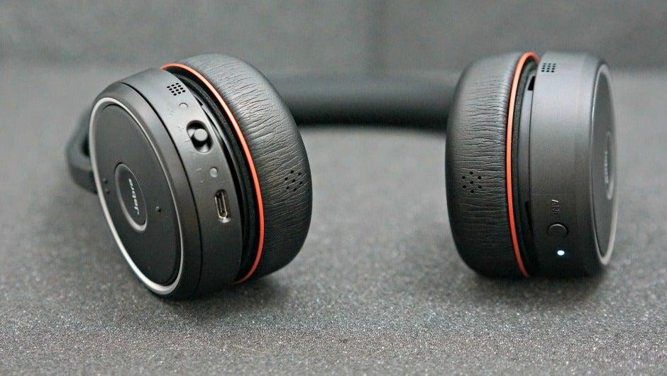 Jabra Evolve 75 Headphones Reduce Open Office Distractions Review