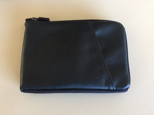 Finn Access Wallet in Green