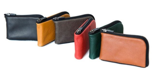finn access wallet in colors