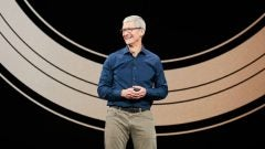 Tim Cook Apple Valuation