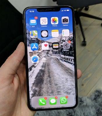 Top 5 Best Waterproof Phones 2019 | Tech Co Smartphone Reviews