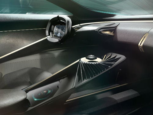 Lagonda all-terrain concept floating key