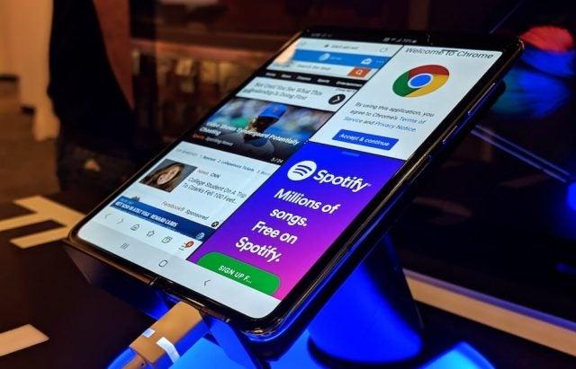Samsung Galaxy Fold Unfold
