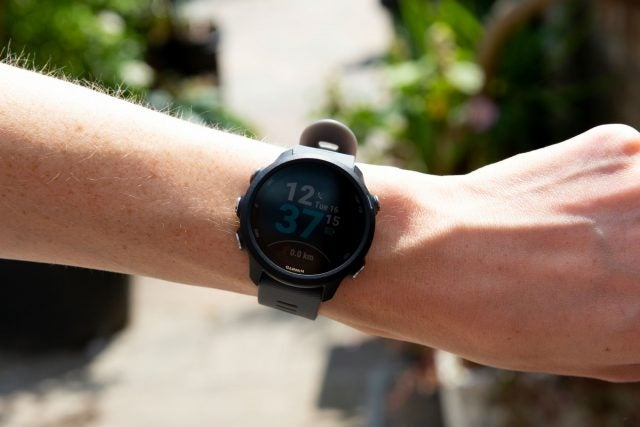 garmin foreunner 245 on wrist