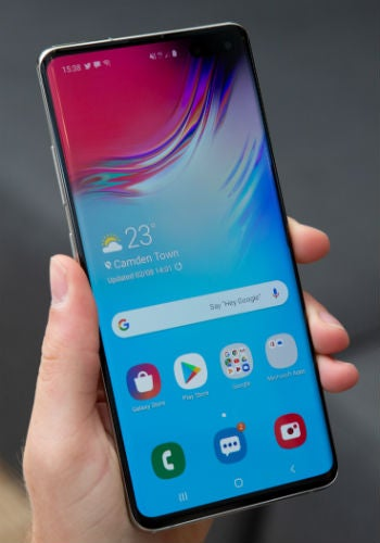 home screen of samsung galaxy s10 5g review