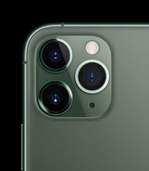 iphone 11 pro rear cameras