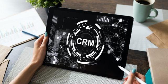 Best CRM Zoho Salesforce